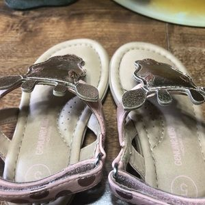 Other - Toddler size 5 giraffe sandals